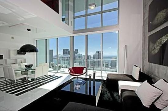 Ivy Квартиры на продажу в Miami