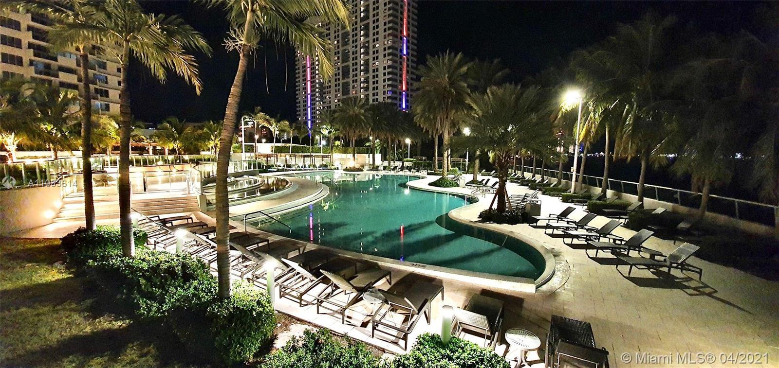 Flamingo South Beach - Квартиры на продажу