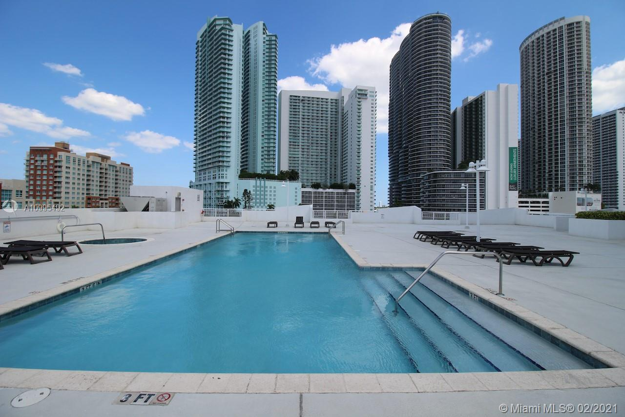 1800 Biscayne Plaza - Квартиры на продажу