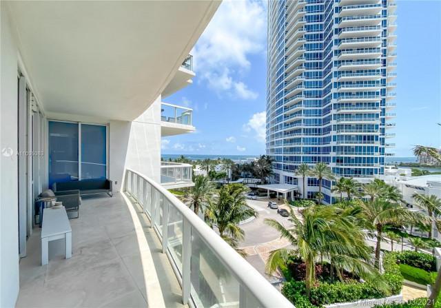 Continuum North Tower Condos at Miami Beach