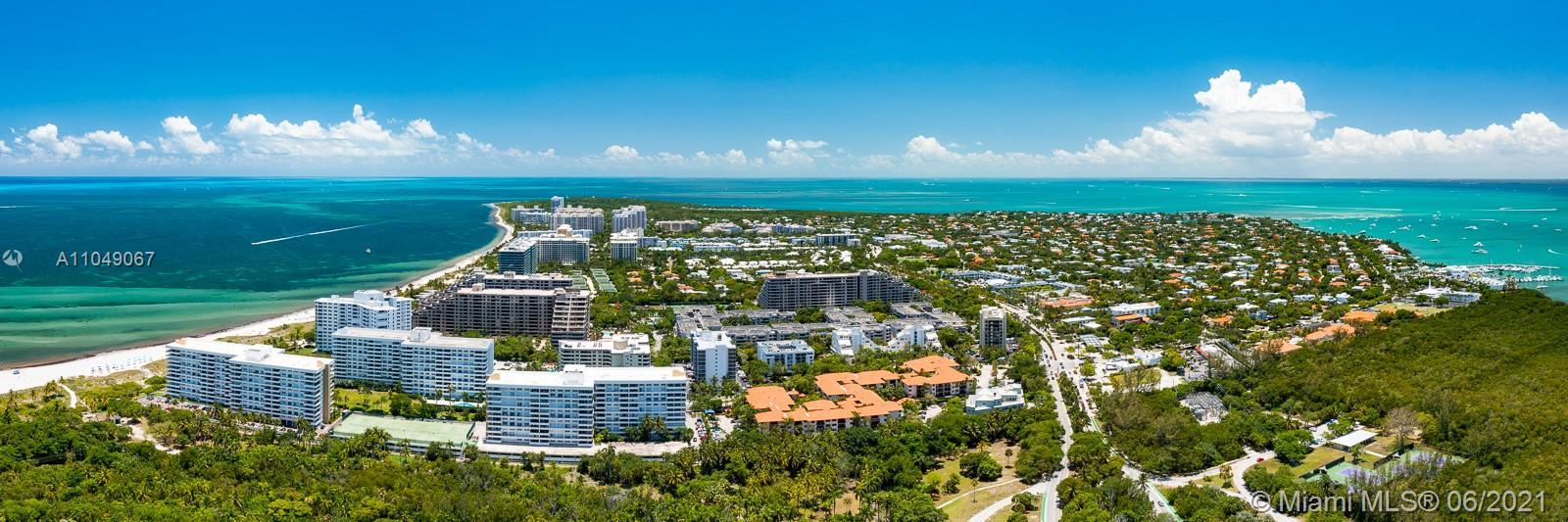 Commodore Club - condos for sale in Key Biscayne