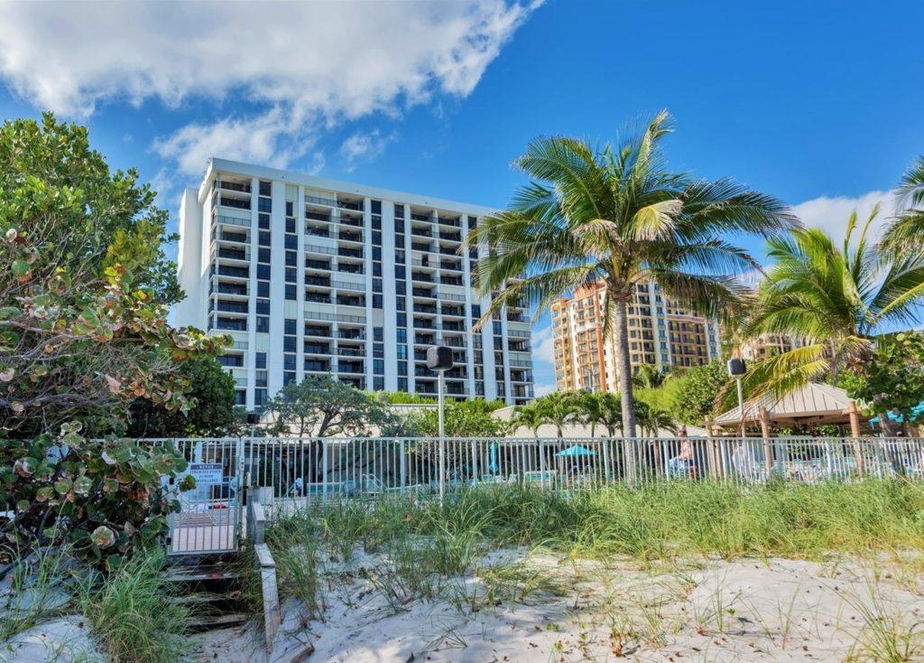 Shore Club Towers condo residences in Fort Lauderdale