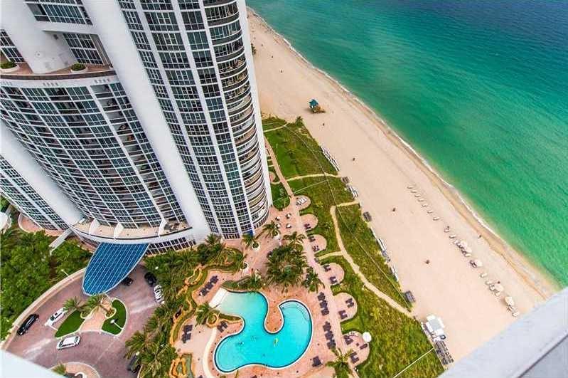 Trump Royale Sunny Isles Beach Condos for Sale