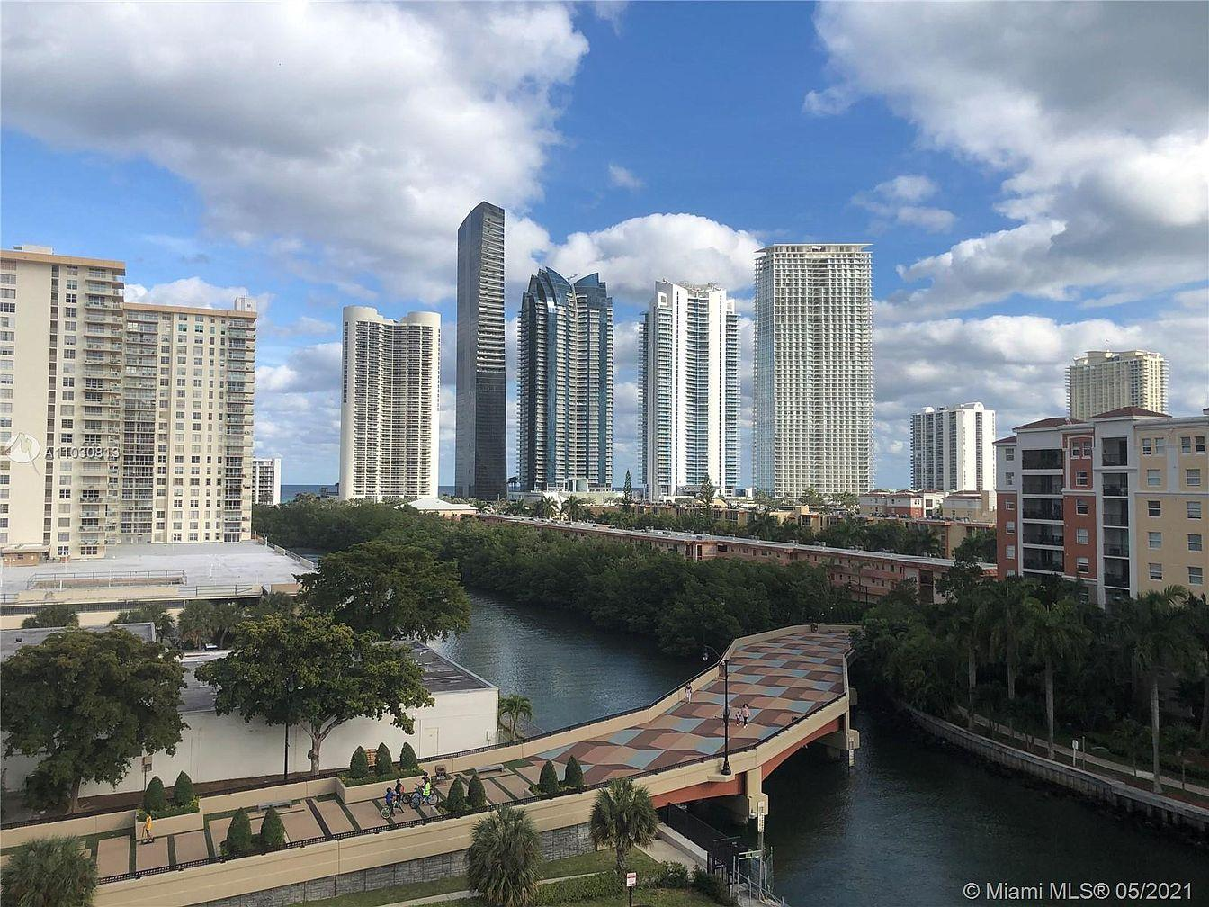 Winston Towers 100 Condos for sale in Sunny Isles Beach